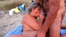 В этом порно кровосмесительство сынок лижет пизду мамы